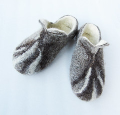 Hand felted slippers (39) (smoothmetaldesign) Tags: handmade felting felt felted slippers home shoes natural