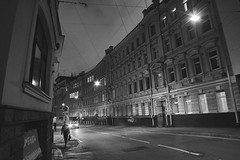1st Kolobovsky Lane. Moscow 170916 (ildark) Tags: street lights road windows lines wires strange moscow        curvature    stanger
