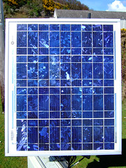 Solar Panel Pattern (PeterEdin) Tags: blue sun sunlight green crystals fuji power patterns f30 finepix electricity fujifilm panels bp solarpanels sx britishpetroleum powergeneration bpsolar finepixf30 fujifilmf30 bluepatterns greenelectricity renewableelectricity bpsolarpanels 320j sx320j sx320jsolarpanels