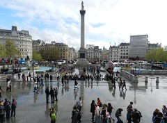 Trafalgar Square, London, April 2012 (allanmaciver) Tags: london mill square crowd trafalgar national april meet 2012 mingle gather admire allanmaciver