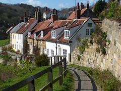 Sandsend Cottages (Lazy B) Tags: seaside village whitby april northyorkshire 2012 sandsend fz150