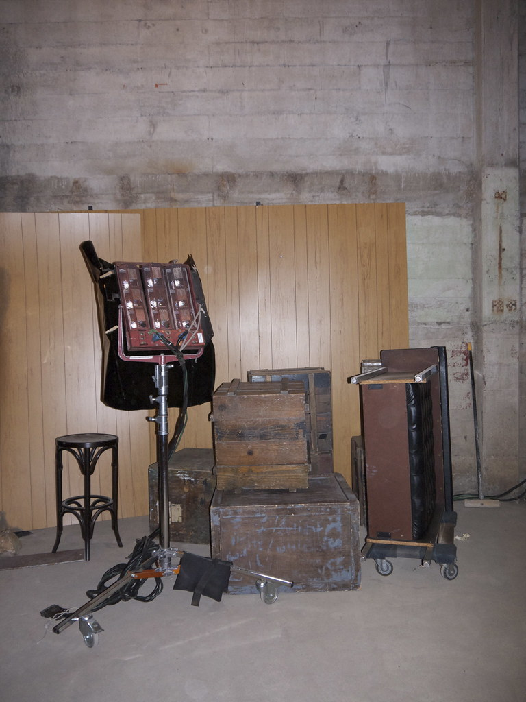 flexible bdsm dungeon tour