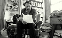 "Alexander MacLeod reading me some Elizabeth Bishop • <a style=""font-size:0.8em;"" href=""http://www.flickr.com/photos/81015582@N06/7430793352/"" target=""_blank"">View on Flickr</a>"