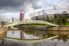 2012-06-25 The Stadium and the  Orbit (Pondspider) Tags: park bridge london river stadium games east lee olympic orbit stratford 2012 anneroberts annecattrell pondspider