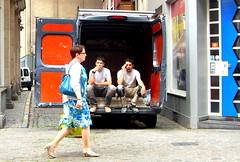 Street life in Brussels (mdanys) Tags: street brussels people men work steering bruxelles rest van steer danys mdanys