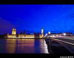 Palace of Westminster (Popeyee) Tags: pictures street city uk blue houses sunset england sky urban house building london westminster abbey thames architecture modern night buildings river photography evening big twilight europe flickr gallery european different foto photographer image ben photos unitedkingdom dusk capital north picture bank parliament commons bigben palace images hour government borough bluehour shape parliment whitehall lords assembly downing popeyee