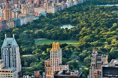 Central Park, New York (roevin | Urban Capture) Tags: road park new city urban usa lake newyork building green rooftop grid evening us high crossing skyscrapers traffic unitedstates floor centralpark manhattan district unitedstatesofamerica rockefellercenter midtown uptown observatory outlook roads lower topview topoftherock sheepsmeadow manhattanm towerdowntown