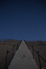 The stairway (Laph95) Tags: stairs escalier dune pyla pilat gironde france arcachon teste buch sable ciel sky stars toiles bleu blue night morning matin early outdoor outside extrieur monte