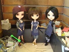 Working - Sam, Dani & Nina (Lunalila1) Tags: doll groove junplaning masamune date pullip ddalgi rida amazon love handmade delantal sam danita pereira nina