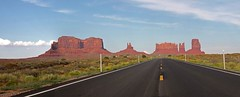 Monument Valley (Ralph Bos) Tags: road valley monument forrestgump roadtrip scenic utah canon canyon redrock nature highway interstate panorama nationalpark america usa monumentvalley