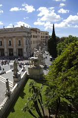 "Piazza del Campidoglio • <a style=""font-size:0.8em;"" href=""http://www.flickr.com/photos/89679026@N00/6970825386/"" target=""_blank"">View on Flickr</a>"