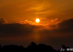 Sundown (娜 娜☂Nana) Tags: life light sunset sky cloud sun love beautiful clouds nikon colorful natural taiwan 台灣 台灣taiwan i 我愛台灣 d7000