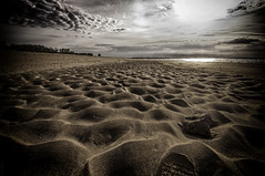 La plage (@lain G) Tags: mer nature sable plage rochers minéral