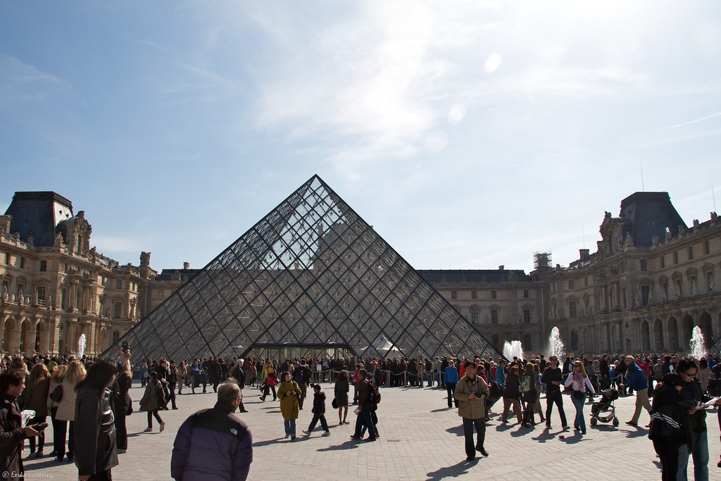 Pyramide at the Louvre by Eerko, on Flickr