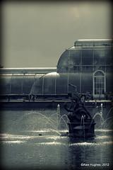 Kew - Fountain & Glass House (Rednaxela13) Tags: people bw kewgardens monochrome kew canon eos mono objects manmade tamron botanicalgardens royalbotanicalgardens alexhughes 60d canoneos60d tamron70300mmvc ©alexhughes alexanderhughes