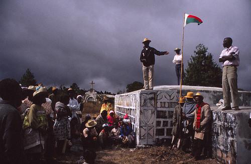 The kabary - Famadihana - Turning of the dead - Madagascar - a ...