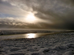 Iceland's weather (Gem E Piper) Tags: winter light cloud sun snow cold reflection water sunshine weather river landscape outside outdoors iceland europe snowy dramatic freezing changing change rays icelandic lpcrepuscular