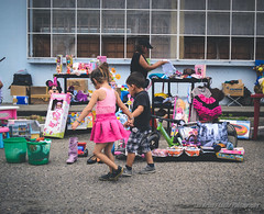 Da del NIo (Lex Arias / LeoAr Photography) Tags: city family familia children calle nikon venezuela streetphotography ciudad nios cinematic barquisimeto 2016 callejera cinematica fotografacallejera nikond3100 everybodystreet leoarphotography lexarias iglexariasphotos
