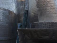 meander (Cosimo Matteini) Tags: cosimomatteini ep5 olympus pen m43 mft mzuiko45mmf18 bilbo euskadi spain bilbao guggenheimmuseum frankgehry architecture titanium meander complexity