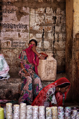 Jaisalmer bazaar, India 2016 (MeriMena) Tags: shy cultures travel bazaar canon450d traditional girls merimena rajasthan asia canon india bracelets portrates jaisalmer