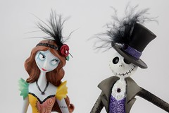Couture de Force Jack and Sally Figurines by Enesco - Disneyland Purchase - Portrait Front View (drj1828) Tags: us disneyland dlr 2016 figurine nightmarebeforechristmas sally couturedeforce purchase enesco jackskellington sidebyside