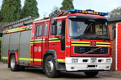Hampshire Fire And Rescue Volvo (Ben Greenwood 999) Tags: hampshire fire and rescue volvo hx04zry