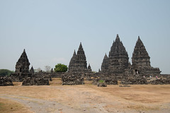 800_2435 (Phimee) Tags: indonesia java vishnu shiva hindu brahma prambanan candi trimurti centraljava rarajonggrang