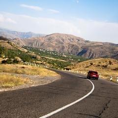 Armenia (Cyril Gervais) Tags: red car voiture armenia lada armenie  hayastan   hayastani hanrapetutyun