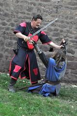 DSC_0168 (Starcadet) Tags: fantasy handwerk taverne ritter dreieich gaukler burgruine mittelalter ritterspiele festspiele kleinkunst ritterturnier dreieichenhain schwertkampf burghayn haynerburgfest axelloh heroldflynn