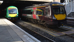 London Midland and Cross Country Class 170s at Birmingham New Street Station (CrazyRupes) Tags: uk london train railway class crosscountry midland 170 bombardier turbostar dmu dieselmultipleunit londonmidland 170523 170633