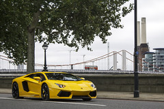 Giallo. (Alex Penfold) Tags: auto camera cars alex sports car sport mobile canon photography eos photo cool flickr image awesome flash picture super spot exotic photograph spotted hyper supercar spotting exotica sportscar 2012 sportscars supercars penfold spotter hypercar 60d hypercars alexpenfold