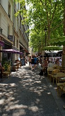 dans les rues de Paris (tor-falke) Tags: city people paris france french frankreich europa europe leute sony capitale francais parisien alpha200 lesruesdeparis