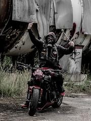 P1200630 (O.Th Photographie) Tags: fighter motorrad blutwurst prchen industrie alt ps gefhrlich grafiti look badboy elbside fighters