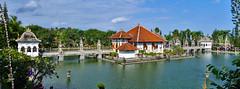 Taman Soekasada Ujung (Ya, saya inBaliTimur (leaving)) Tags: bali building gedung istana palace architecture arsitektur