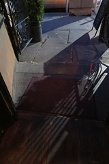 IMG_0631 (Mud Boy) Tags: nyc newyork boerumhill brooklyn downtownbrooklyn rucola italianrestaurant brooklynfarmtotablenorthernitalianfareisservedalldayinthiscompactlumberlinedspace 190deanstbrooklynny11217 shadows