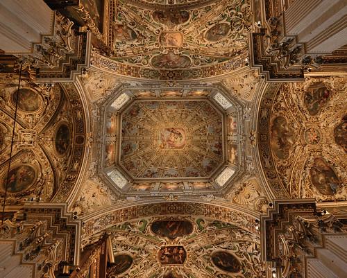 "Basilica di Santa Maria Maggiore, Bergamo Citta Alta • <a style=""font-size:0.8em;"" href=""http://www.flickr.com/photos/74375651@N05/29357419396/"" target=""_blank"">View on Flickr</a>"