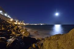 Cantera Night (Jose A. Parra) Tags: cantera playa rocas acantilado