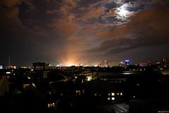 Linz at nighttime (facebrot) Tags: linz obersterreich sterreich upperaustria voest voestalpine night nighttime moon clouds sky reflections lights city crane stadt kran reflektionen himmel wolken nacht
