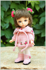 Rosalie (Maram Banu) Tags: pink flowers doll dress boots handmade crochet knit tiny bonnie hood bjd fairyland fairystyle pukifee marambanu