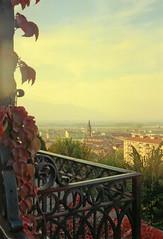 Scan-120911-0001-E (Ricchi60 - High hopes) Tags: montagne tramonto campanile controluce viewfinder pianura saluzzo ringhiera canoscan2700f luceradente vuescan vedutapanoramica konicasuperxg100 tessar40mmf28 zeissikoncontessas312