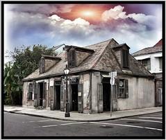 New Orleans LA ~ Photo 2003 ~ Lafitte's Blacksmith Shop (Onasill ~ BACK THURSDAY) Tags: sunset sky usa building architecture bar nhl la louisiana famous drinking landmark historic oldest bourbonst lafittesblacksmithshop neworleansla frenchquarte