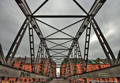 Speicherstadt (mlphoto) Tags: city bridge sky cloud window clouds germany deutschland cityscape fenster hamburg himmel wolke wolken sigma wideangle symmetry stadt ww brcke hdr speicherstadt lightroom weitwinkel symmetrie photomatix uww ultraweitwinkel mlphoto sigma816 lightroom4 mlphoto markuslandsmannzenfoliocom markuslandsmann