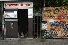 Photoauomat (faria.leos) Tags: berlin nx nx2000