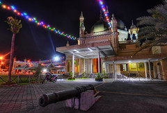 The Old Cannon at Masjid Zahir (Shamsul Hidayat Omar) Tags: old beautiful architecture photography lights antique scene malaysia cannon neonlights lama colourful meriam hdr highdynamicrange masjid kedah alorsetar photomatix masjidzahir 9exp nighthdr nikond3 senibina shamsulhidayatomar