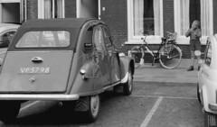 Citroën 2CV AZL VP-57-98 Kampen 1965 (Tuuur) Tags: citroën 2cv kampen 1965 azl tuuur vp5798