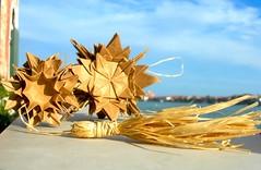 INTI·Dama  | Front view (Andrey Hechuev | Андрей Хечуев) Tags: ball paper origami sphere modular papier variations havanna paperfolding papiroflexia inti carta paglia papercraft palla modularorigami pallina kusudama sfera 折り紙 magicball くす玉 оригами 摺紙 шар xe4 кусудама modulare hech paperball бумага сфера papiel вариации избумаги jorgejaramillo origamimodulare модульноеоригами бумажный модульное куля орігамі модульнеорігамі oridry andriyx khech hechik андрейхечуев мистецтвозкладаннязпаперу папір паперовий зпаперу andreyhechuev искусствоскладыванияизбумаги андрійхечуєв бумагосложения модульне папірозкладування хорге харамило инти соломяный соломяний