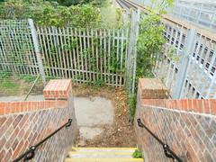 TWY_footbridge_sept12 (8) (Transrail) Tags: tonbridge west yard footbridge replacement railway