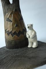 with the nightmare before  christmas'tree (danahaneunjeong) Tags: bear ceramic polar