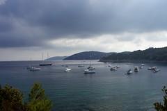 Baie de Port-Man, Port-Cros (mraposio) Tags: france 35mm canon landscape eos f14 mk2 5d cote ef mkii dazur porquerolles portcros 35l parcnational