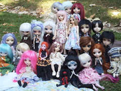 Meeting (~Honey-Chan~) Tags: pullip dall taeyang bjd fairyland minife monster high mh custo doll meeting